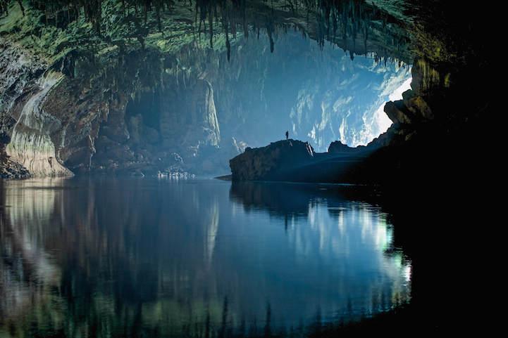 Фотографии подземных пещер от John Spies