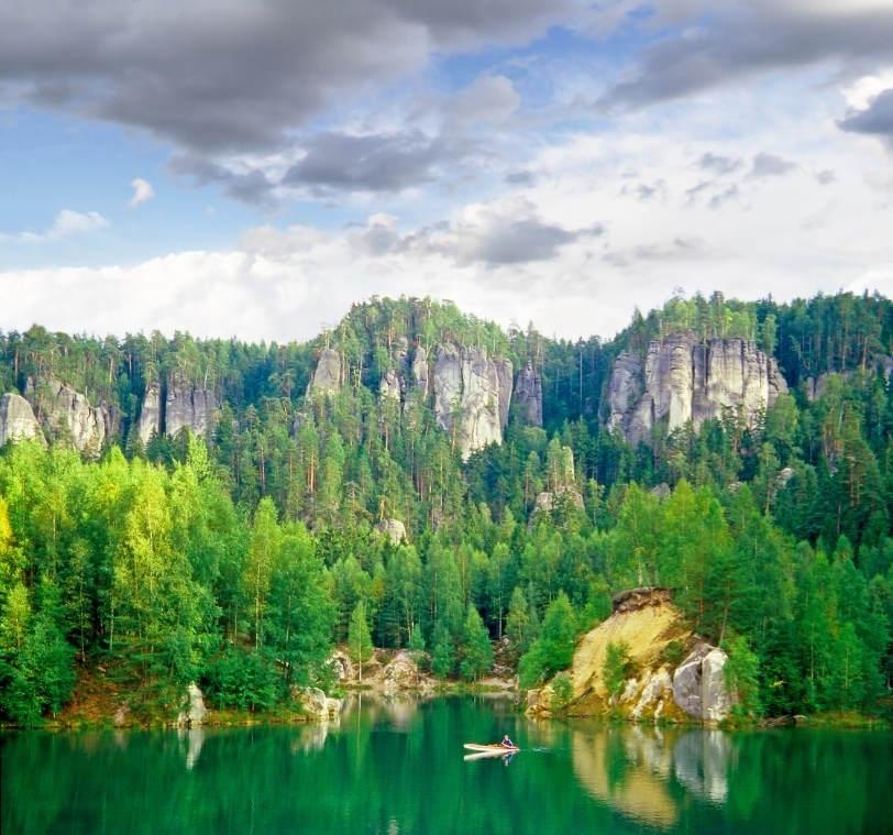 Живописные пещеры в Чехии