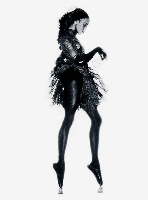 Черная пантера модельного бизнеса - Наоми Кэмпбелл (Naomi Campbell) 24