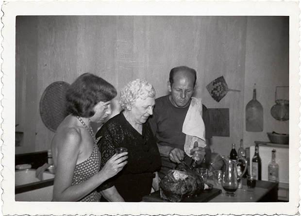 Интимные фотографии знаменитостей в фотоальбоме Merry Foresta 14