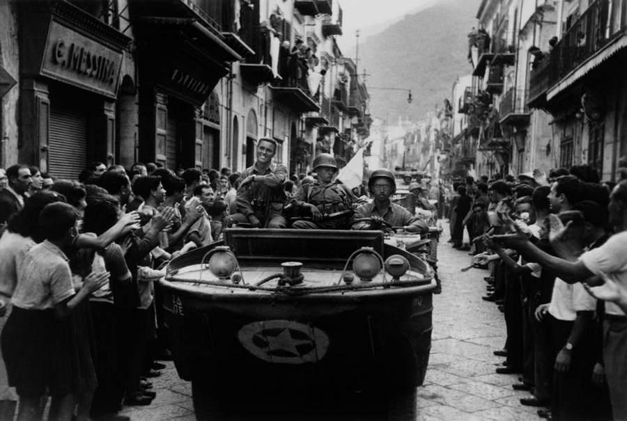 Вторая мировая война в объективе Роберт Капа (Robert Capa) 17