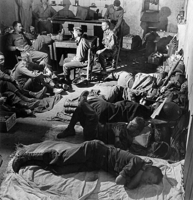 Вторая мировая война в объективе Роберт Капа (Robert Capa) 18