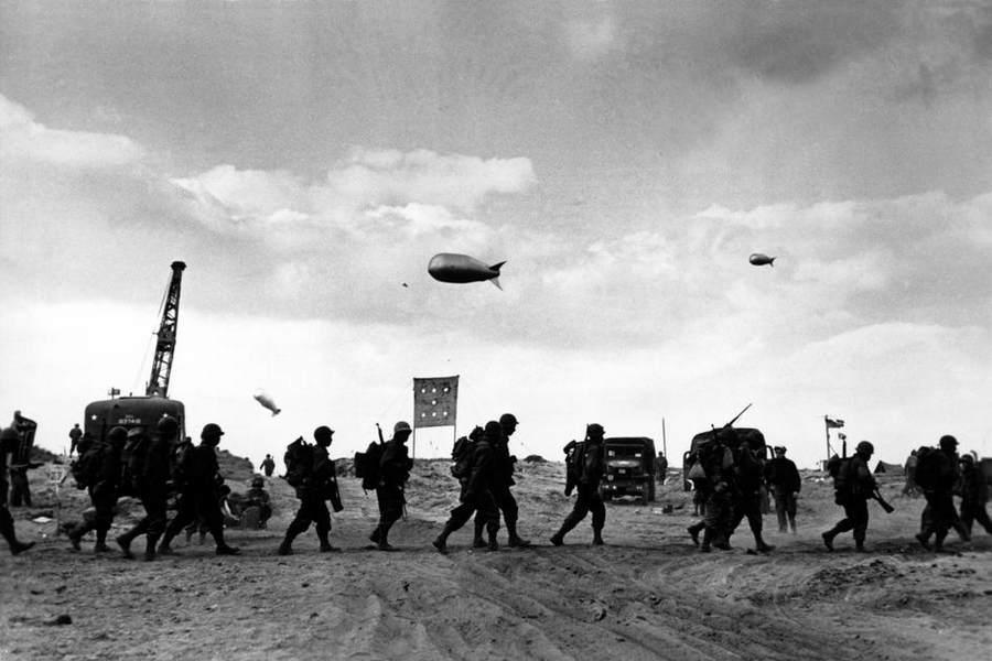 Вторая мировая война в объективе Роберт Капа (Robert Capa) 21