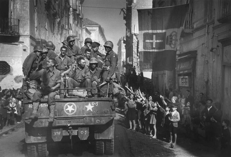 Вторая мировая война в объективе Роберт Капа (Robert Capa) 4