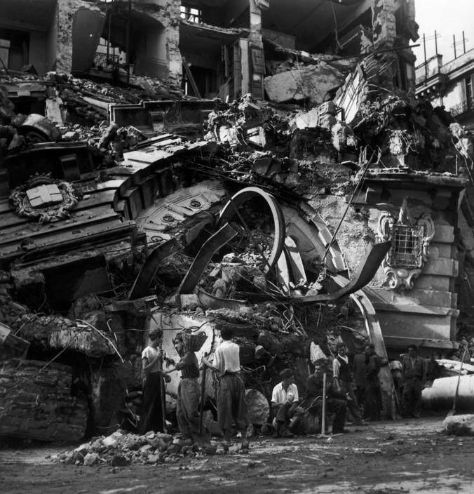 Вторая мировая война в объективе Роберт Капа (Robert Capa) Вторая мировая война в объективе Роберт Капа (Robert Capa) 19