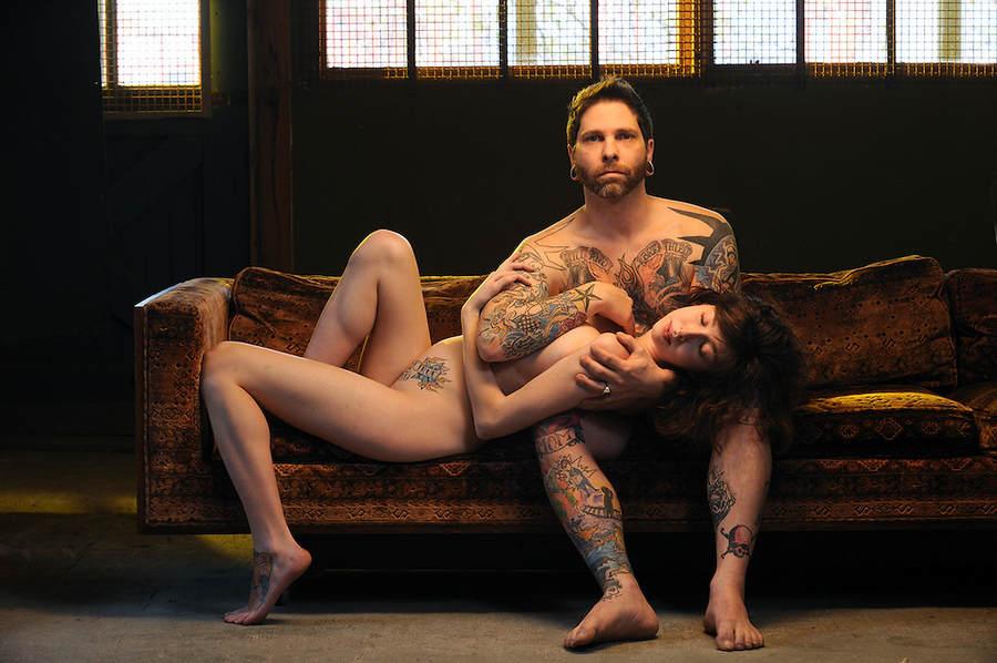 naked tattoo couple