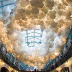 Чарльз Петиллион (Charles Petillion) и его инсталляция из шаров