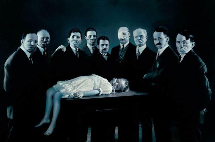 Искусство вопросов Готфрида Хельнвайна (Gottfried Helnwein)