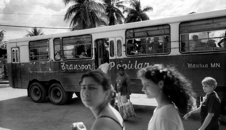 Пуэрториканский фотограф-документалист Мануэль Ривера-Ортис (Manuel Rivera-Ortiz) 5