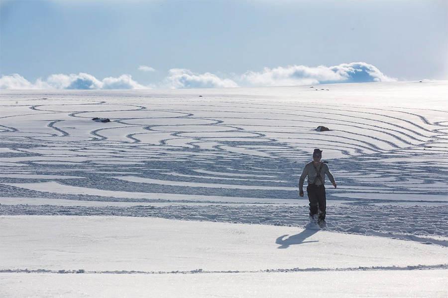 Саймон Бек (Simon Beck) и его гигантские картины на открытом воздухе 4