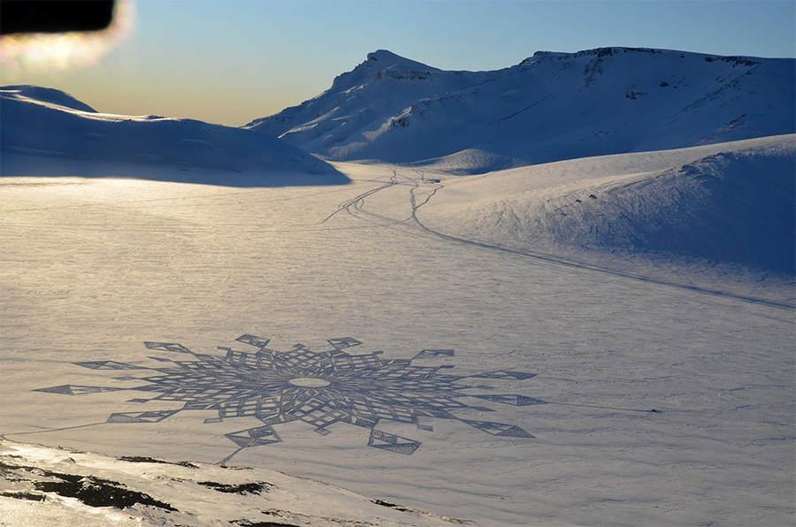 Саймон Бек (Simon Beck) и его гигантские картины на открытом воздухе 9