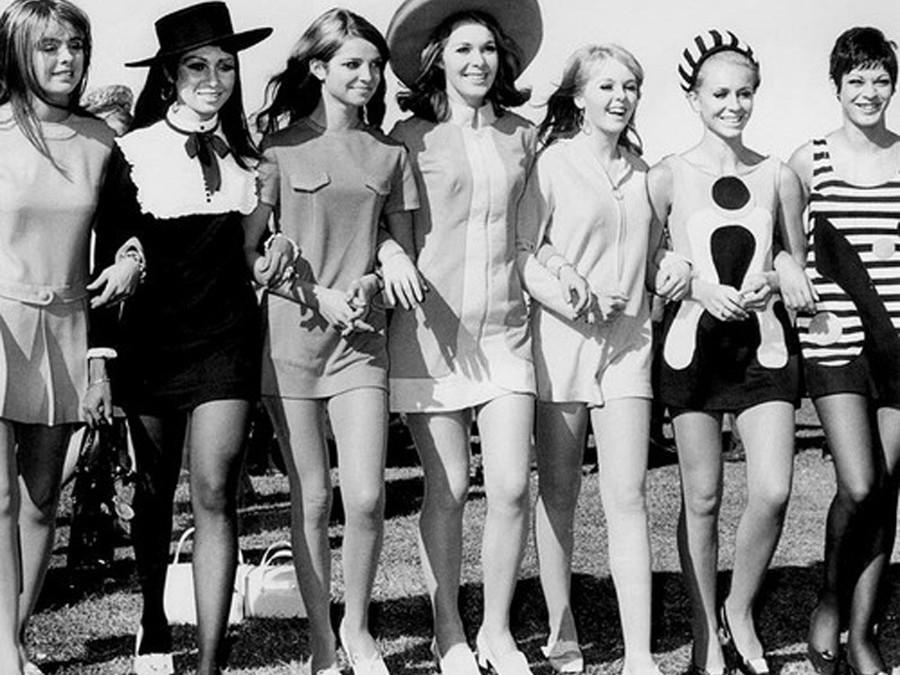 История в фотографиях (1960)